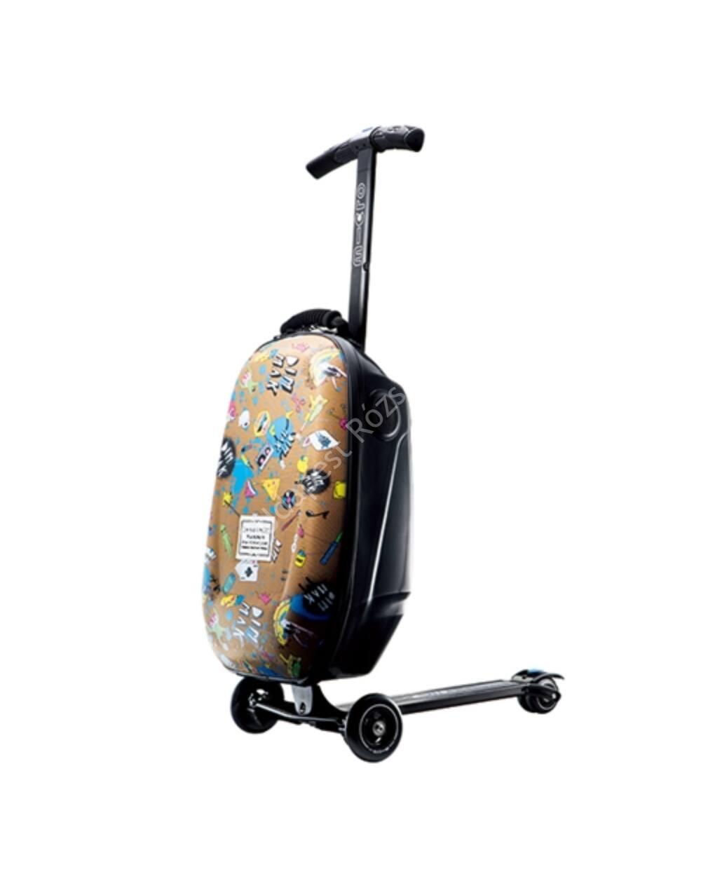 Micro Steve Aoki bőrönd roller, integrált Sound2go hangszóróval