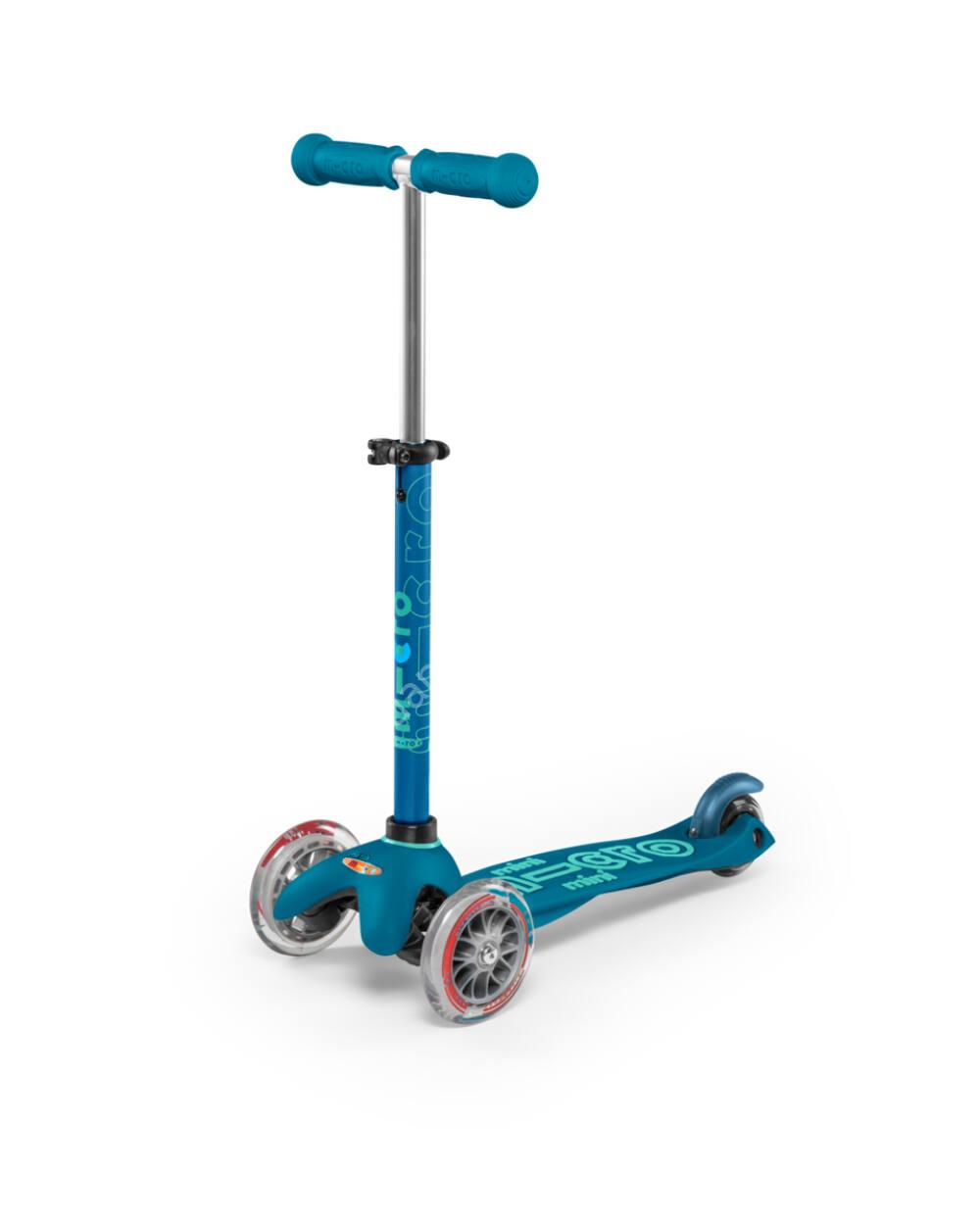 Mini Micro Deluxe roller, jégkék