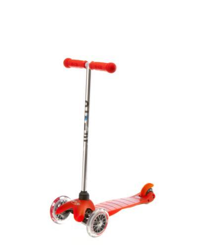 Mini Micro roller, piros zöld színű markolattal + 1990 Ft értékű Micro csengő ajándékba BEMUTATÓ DARAB